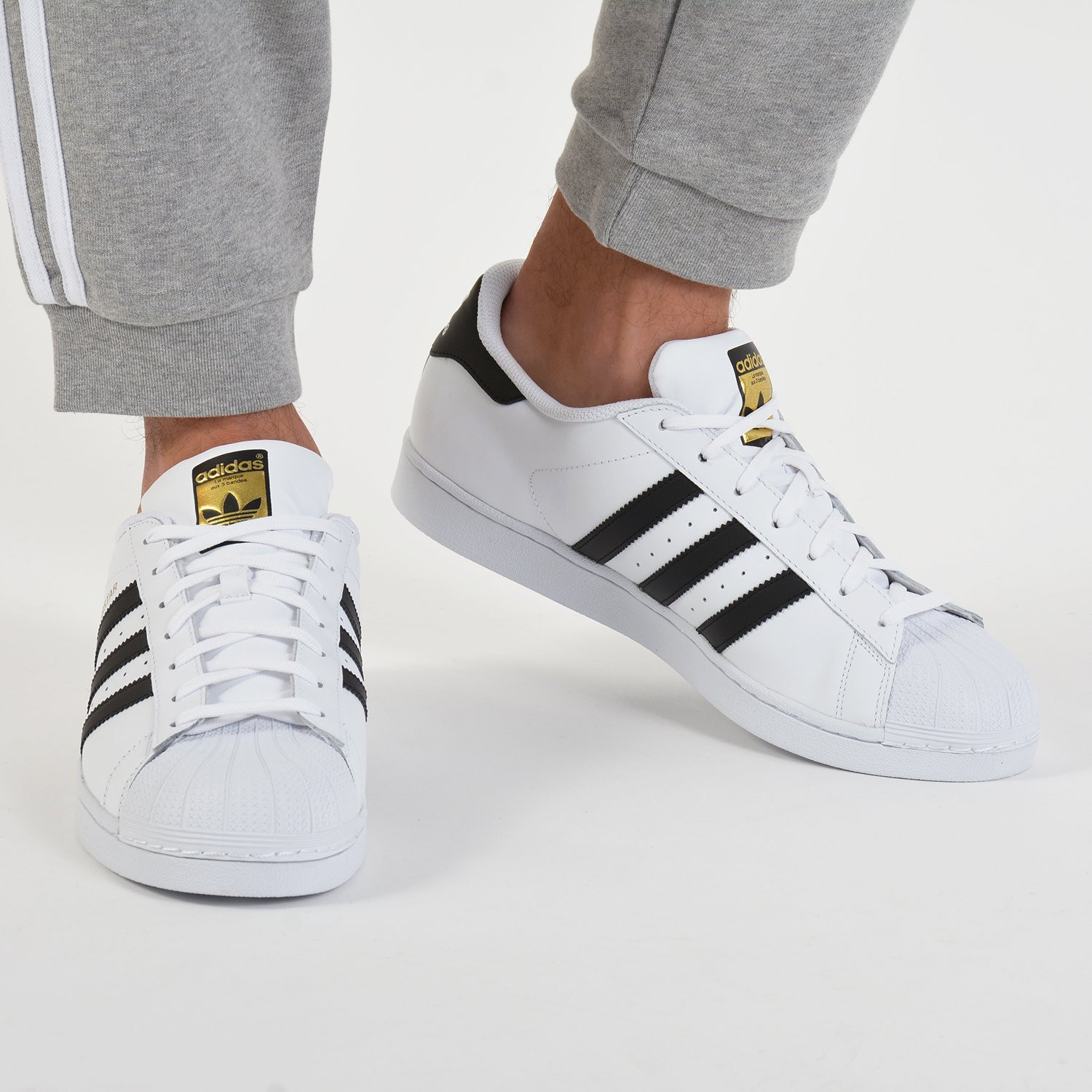 cost charm release date: many styles adidas Originals Superstar - Men's Shoes FTWWHT/CBLACK/FTWWHT C77124