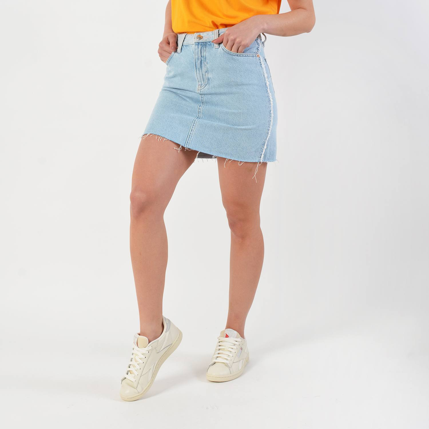 Tommy Jeans Distressed Denim Skirt (9000029417_38795)