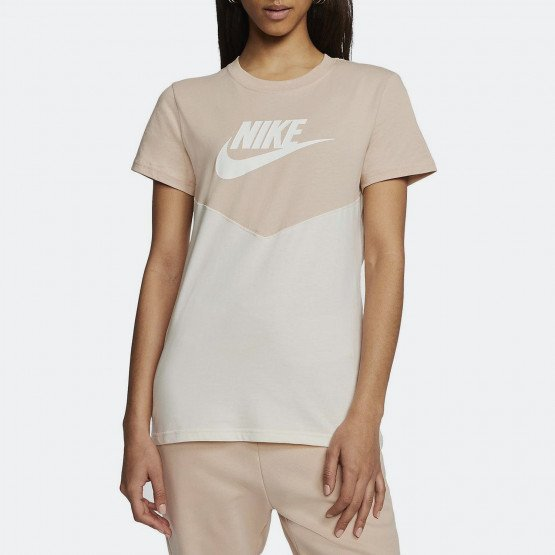 Nike Sportswear Heritage Women's Short-SLeeve Top