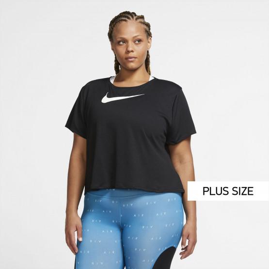 Nike Swoosh Short-Sleeve Plus Size Γυναικεία Μπλούζα για Τρέξιμο
