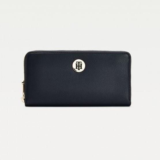Tommy Jeans Monogram Plaque Large Zip-Around Women's Wallet